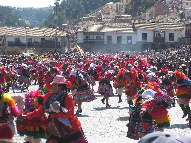 Inti Raymi parade dancing