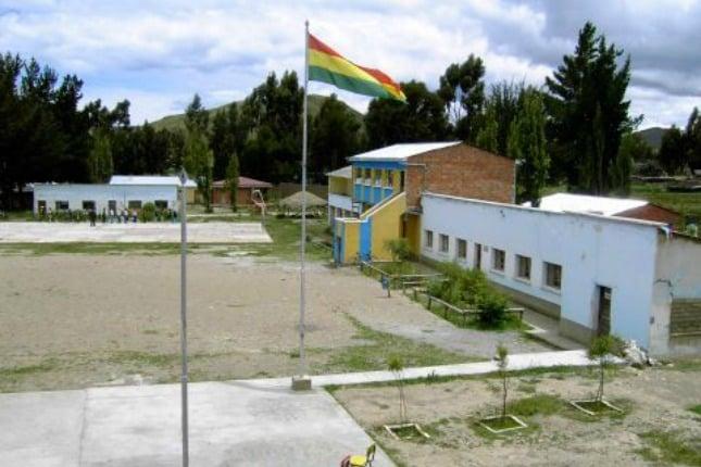 école de Santiago de Okola, Bolivie