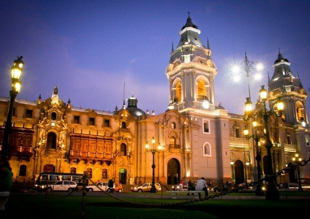 Lima by night