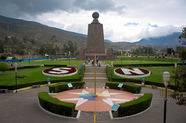 Mittad del Mundo Equateur
