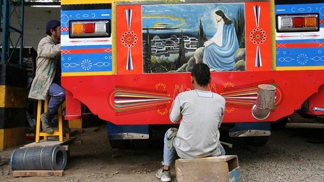 bus Chivas en Colombie copyright Stefan Rights