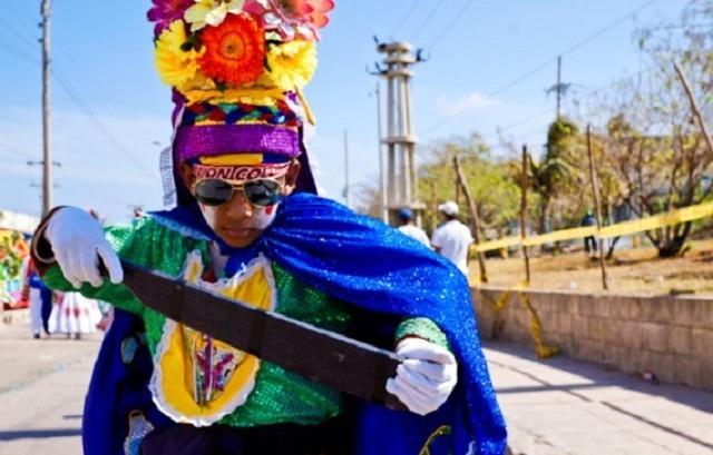 costume El Congo du Carnaval de Barranquilla Colombie