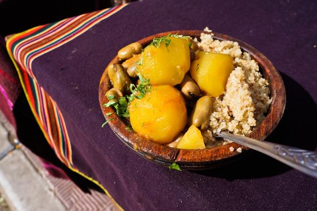 recette de quinoa dans un marché bolivien