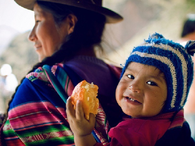 maman et enfant Amérique latine