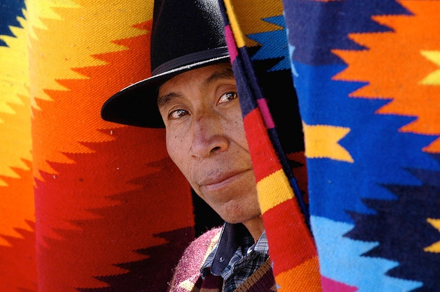 marche artisanal d'Otavalo Equateur