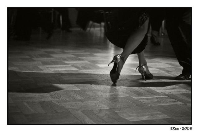 pieds-pas-tango-argentin