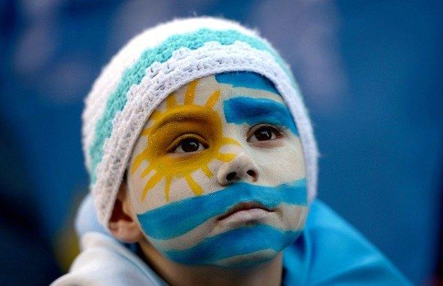 Un peu avant le match Angleterre Uruguay ©AP Photo/Matilde Campodonico