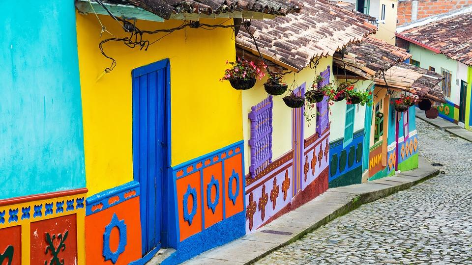 Maisons colorées de la Candelaria - gustavo9917: Pixabay